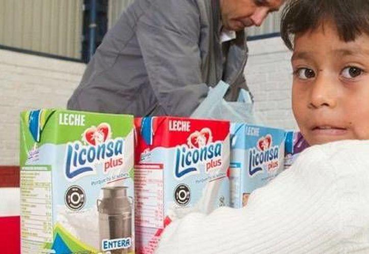 La venta de leche Liconsa a peso por litro beneficiará a 73 mil habitantes en municipios de 11 Estados, entre ellos Yucatán. (twitter.com/Liconsa)