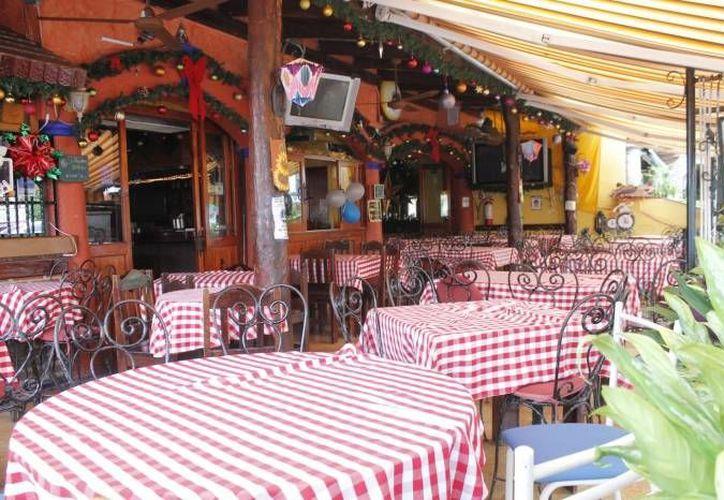 Los restaurantes de la ciudad son los más afectados. (Archivo/SIPSE)