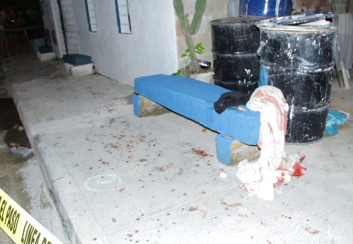 El marido fue quien atacó y lesionó salvajemente a la mujer, que pedía ayuda a gritos.
