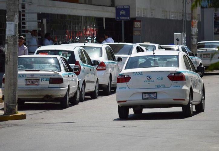 La Sintra indicó que sostiene reuniones con los tres órdenes de gobierno respecto al tema del transporte de turistas.  (Rafael Acevedo/SIPSE)