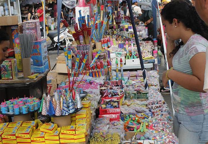 El Ayuntamiento de Mérida otorgará cerca de 500 permisos para la venta de explosivos en la vía pública.