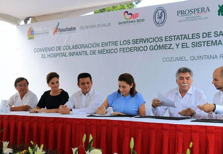 El evento tuvo lugar en la explanada del Hospital General. (Cortesía/SIPSE)