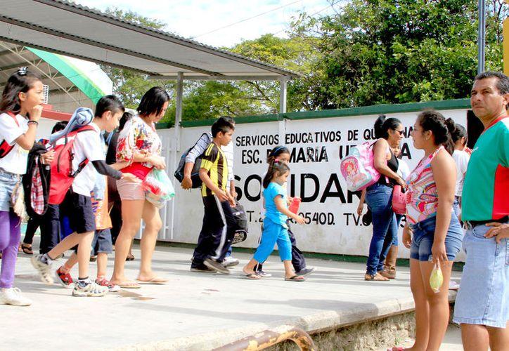 Las actividades también se suspenderán para más de 400 mil alumnos de educación básica, media superior y superior. (Foto: Redacción / SIPSE)