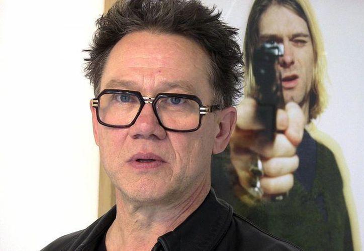 """El fotógrafo Youri Lenquette expone en la galería parisina Addict las """"imágenes malditas"""" de Kurt Cobain, tituladas """"The Last Shooting"""" (El último disparo). (EFE)"""