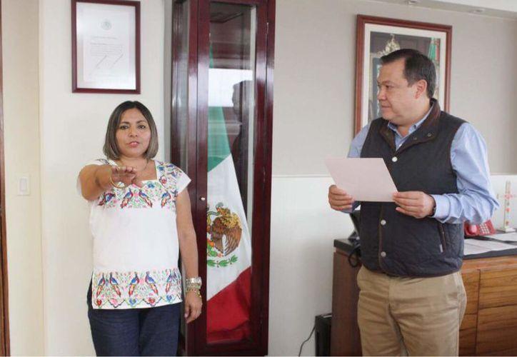 Olivia Ku Crespo rindió protesta como nueva delegada de la Comisión para el Desarrollo de los Pueblos Indígenas. (Milenio Novedades)