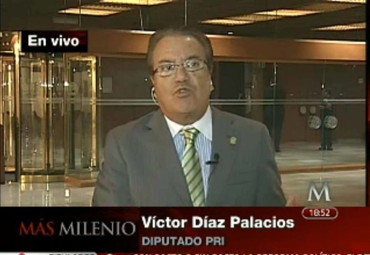 Entrevistado por Milenio Televisión, el diputado Víctor Díaz sostuvo su dicho sobre el expresidente Felipe Calderón. (Captura de pantalla Milenio TV)