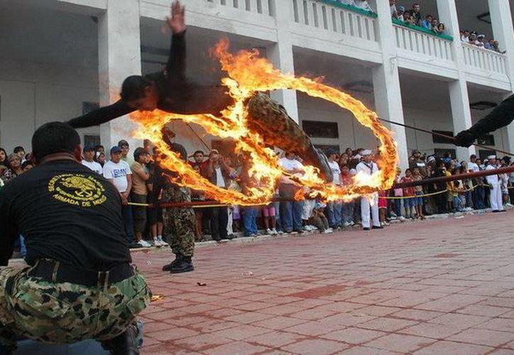 Participarán en el desfile deportistas de diversas disciplinas, elementos del Ejército Mexicano y Policía Municipal. (Redacción/SIPSE)