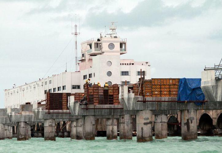 Las exportaciones de productos yucatecos van al alza. Imagen del muelle de Progreso. (Milenio Novedades)