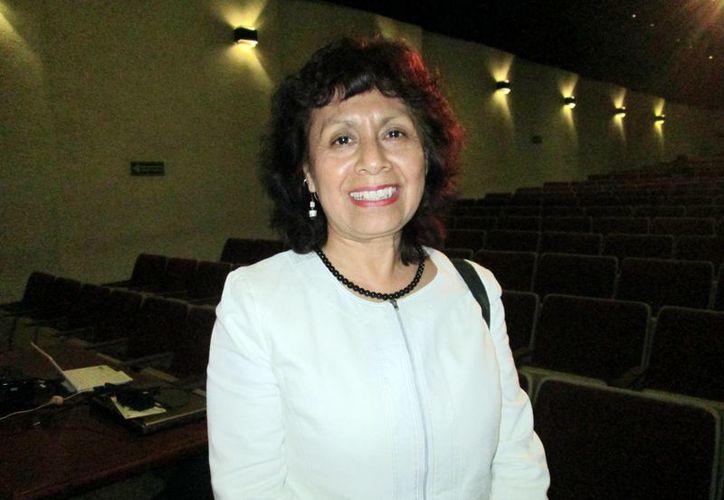 Lucina Jiménez participa en el Congreso de Gestión Cultural organizado por el Ayuntamiento de Mérida. (Milenio Novedades)