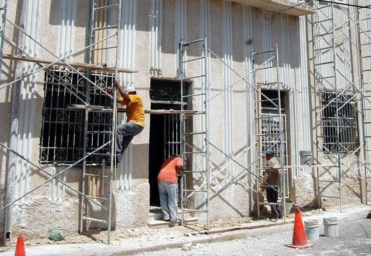 Las mejoras se realizan en el Monumento a la patria y en otros 86 predios del centro de la Ciudad de Mérida.(Milenio Novedades)