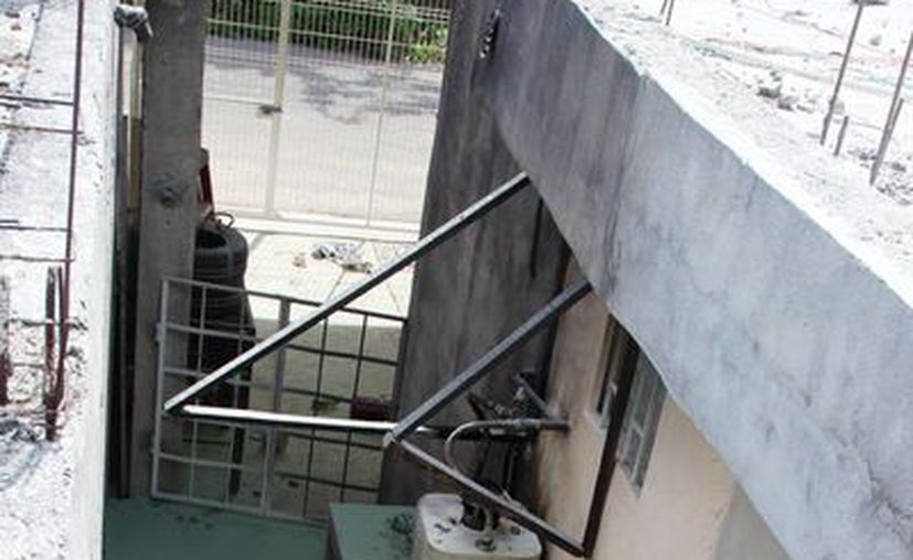 El hombre resultó con el 70 % del cuerpo quemado tras la explosión del calentador de agua. (Redacción/SIPSE)
