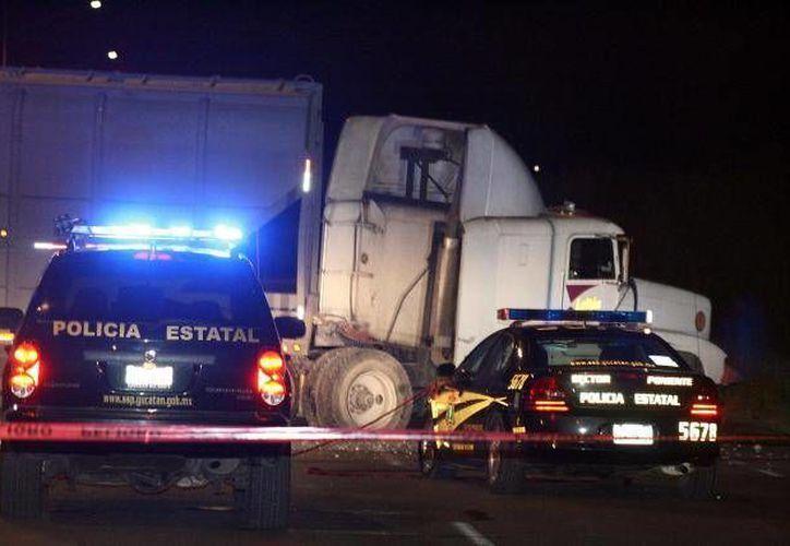 El accidente provocó el cierre del Kopomá-Chocholá  por más de dos horas.(Foto de contexto/archivo/SIPSE)