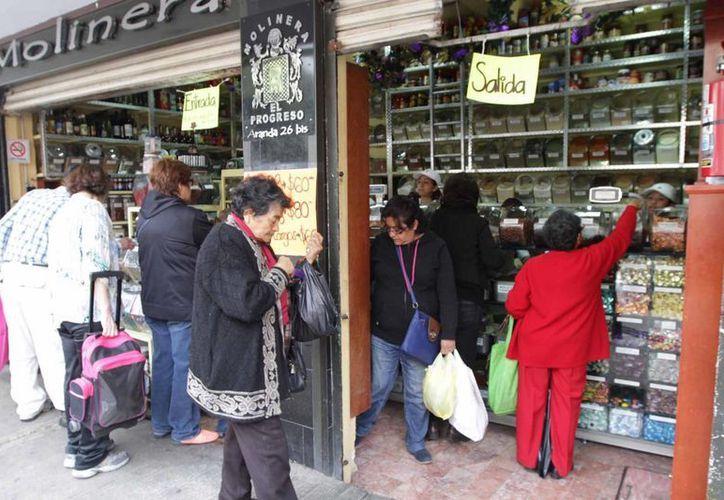 El Inegi dio a conocer que la economía mexicana aumentó 2.5 % en relación con el 2014. (Archivo/Notimex)