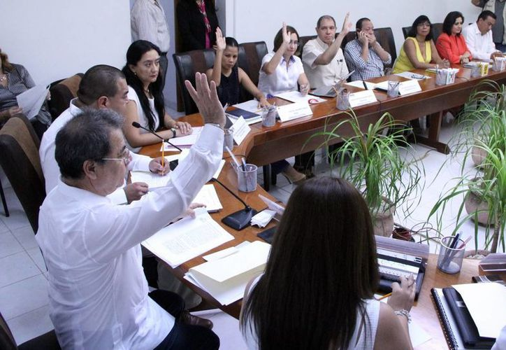 Las juntas distritales aprobaron la contratación de 601 asistentes. (Milenio Novedades)