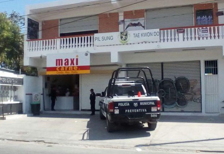 Es la segunda vez que roban el local de Maxicarne. (Foto: Eric Galindo)