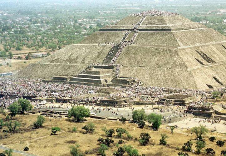 Las pirámides de Teotihuacán son uno de los principales reclamos turísticos del centro del país, y la presencia de pokémones ahí ha causado la inconformidad de los visitantes. (Notimex/Archivo)