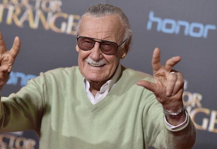 A través de un video el creador de los cómics del Universo Marvel informó que padece de neumonía. (Foto: El Intra)