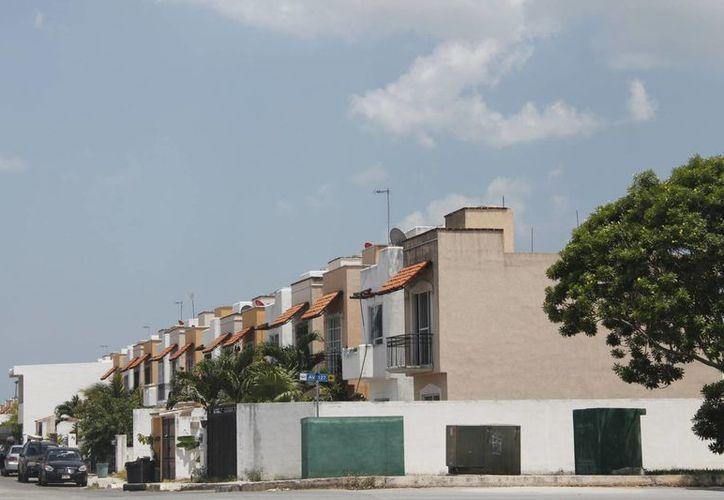 La Canadevi espera concluir con la colocación de 18 mil créditos y construir 17 mil viviendas de interés social y medio, este año. (Israel Leal/SIPSE)