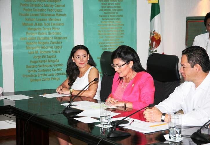 El foro tiene como objetivo fortalecer la participación política de las mujeres en Quintana Roo. (Redacción/SIPSE)