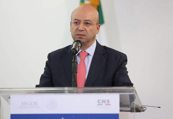 El comisionado Nacional de Seguridad, Renato Sales Heredia, anunció en conferencia de prensa la detención de los presuntos secuestradores, el martes 17 de noviembre de 2015. (Archivo/Notimex)