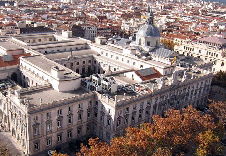 La decisión de denunciar ante la Fiscalía General del Estado que la presidenta del Parlamento Catalán. (RT)