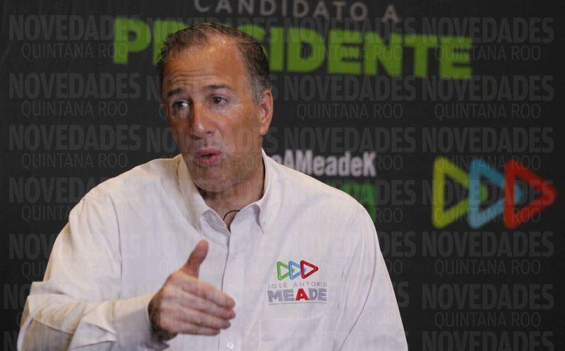 El candidato a la Presidencia dijo que se debe luchar por la tranquilidad de los visitantes y los habitantes del estado. (Israel Leal/SIPSE)