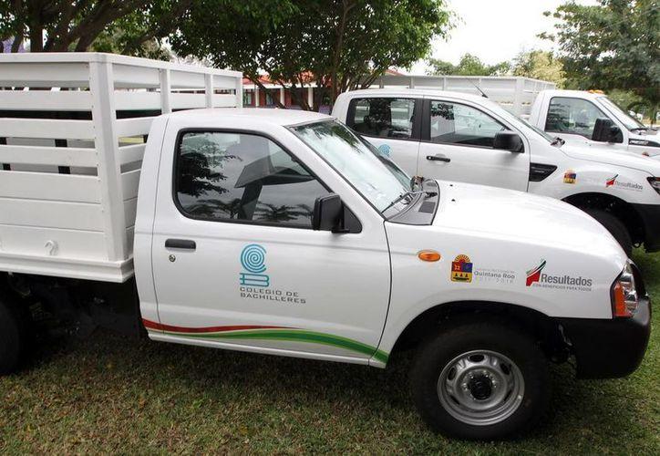 El Cobaqroo recibió cinco vehículos. (Cortesía/SIPSE)