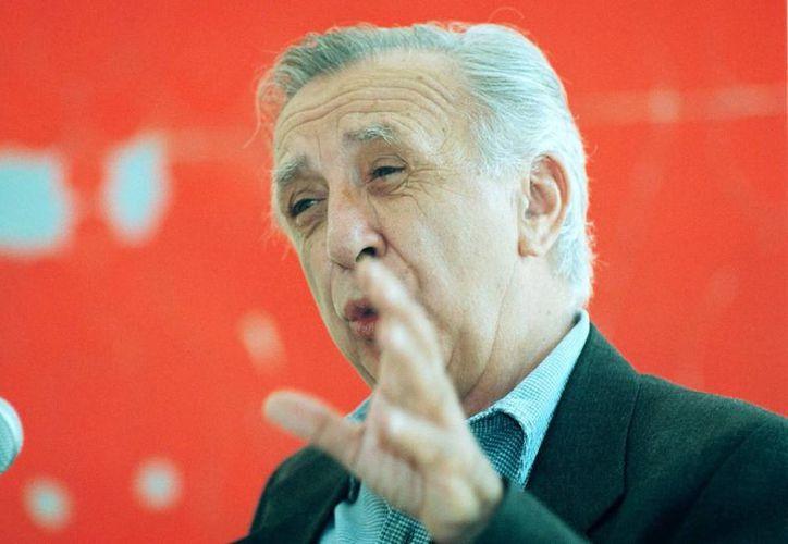 El novelista, guionista, periodista, dramaturgo e ingeniero civil mexicano Vicente Leñero falleció hoy a la edad de 81 años. (Notimex)