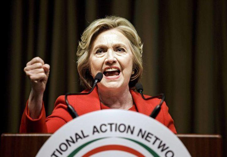 El triunfo en NY de Hillary Clinton complican el escenario para Bernie Sanders por la carrera hacia la nominación presidencial demócrata. (EFE)