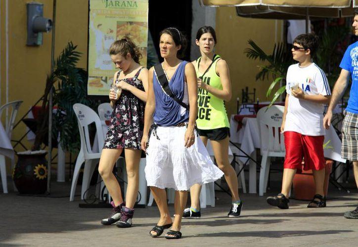 Agentes de viajes señalan que sólo captan el 10% del turismo extranjero. (Christian Ayala/SIPSE)