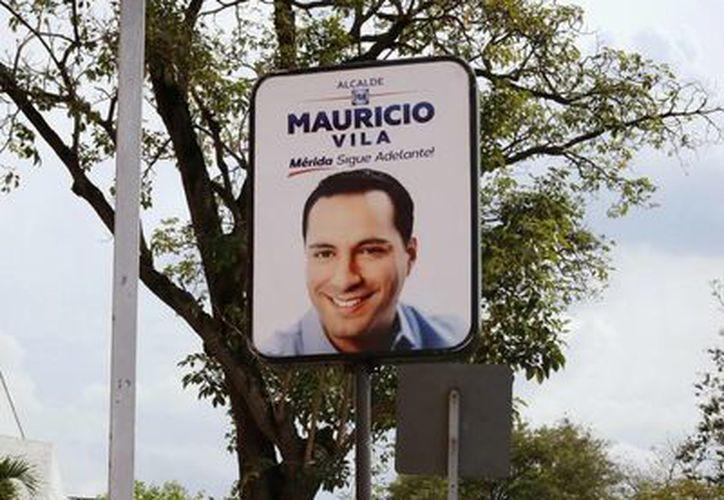 Sepomex interpuso una querella penal contra el PAN por daño en propiedad ajena al utilizar la red de buzones con propaganda de su candidato Mauricio Vila Dosal. (Milenio Novedades)