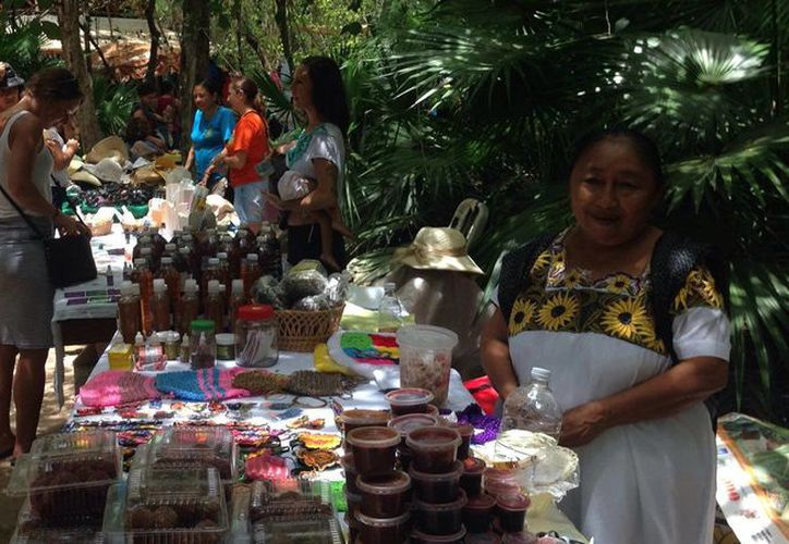 En el tianguis se venderán productos locales para apoyar a la familias quintanarroenses. (Foto: Parque La Ceiba/Facebook)