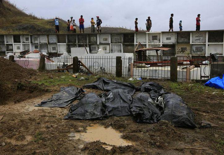 Funcionarios indicaron que se han hecho esfuerzos para identificar los cadáveres. (Agencias)
