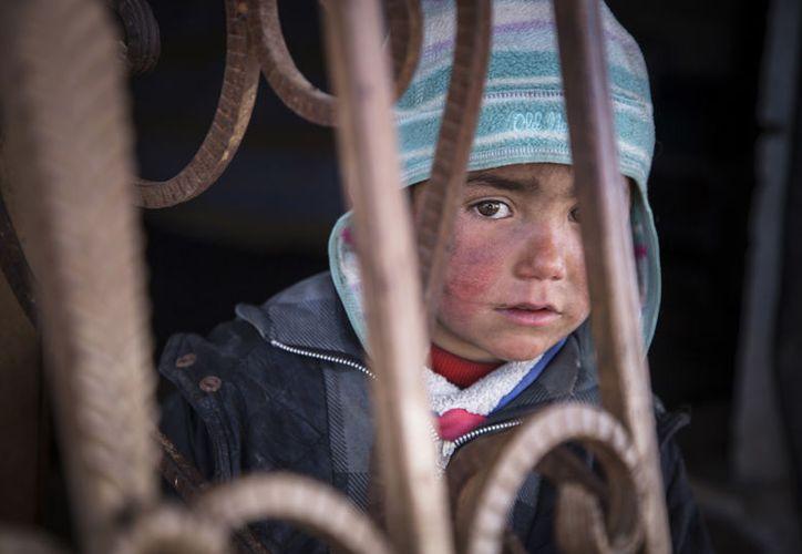 Siria ha sido golpeada desde hace años por un sanguinario conflicto interno. (Jonathan Hyams, Save the Children vía AP)