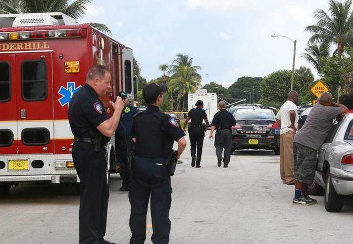 Las autoridades ya investigan las circunstancias del triple homicidio ocurrido en Lauderhill, Florida. (sun-sentinel.com)