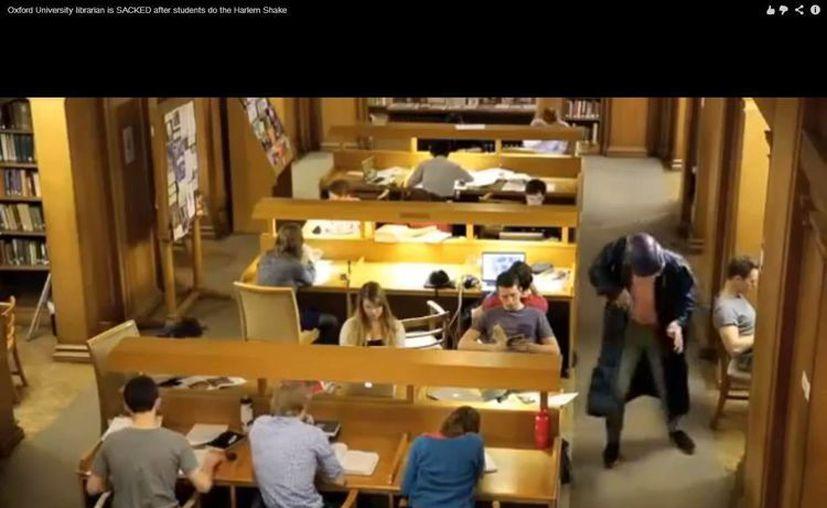 Alrededor de 30 estudiantes participaron en el video. (Captura de pantalla)