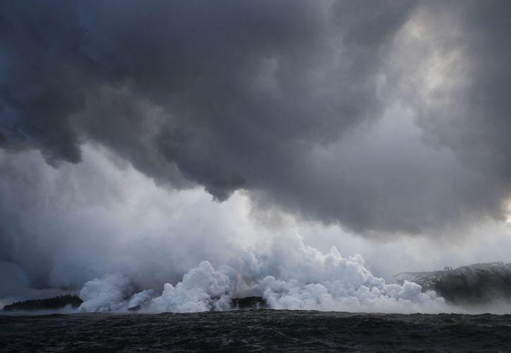 Nubes de ácido y fragmentos de vidrio extremadamente finos se elevan sobre Hawái. (RT)