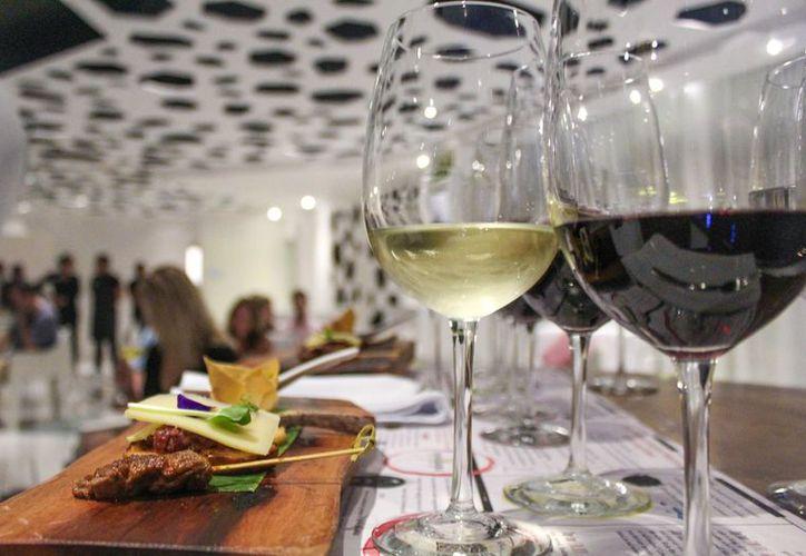 El festival del vino se llevará a cabo en The Fives Plaza. (Foto: Facebook)