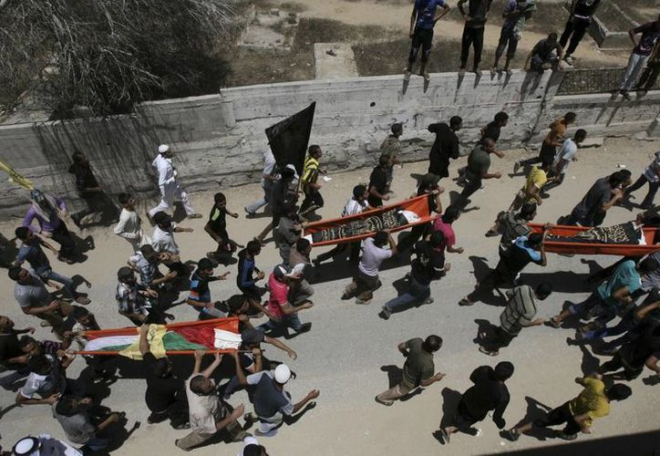 La ofensiva israelí ha causado la muerte de al menos 30 niños palestinos, informó la ONU. (AP)