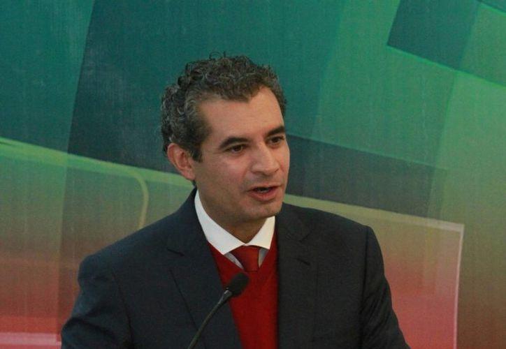 Enrique Ochoa Reza, titular del PRI, asegura que asumió las riendas del partido  con la encomienda de combatir la corrupción. (Notimex)