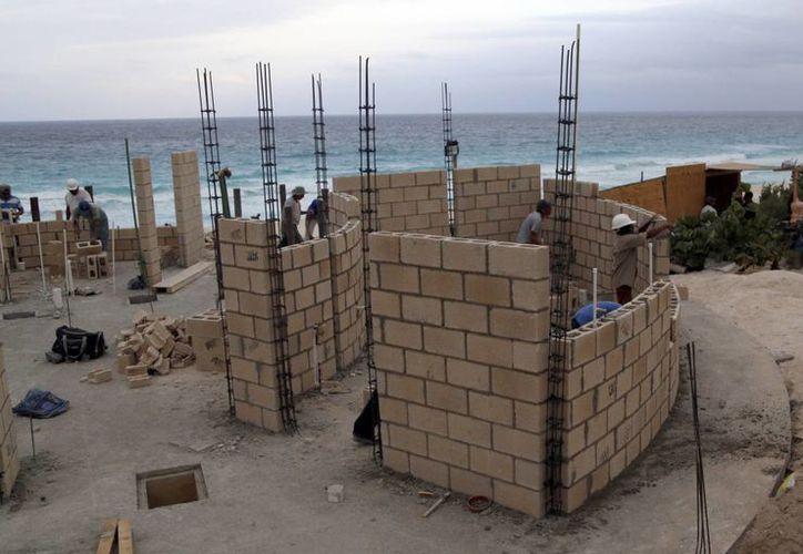 Se han iniciado diversas obras en el municipio. (Israel Leal/SIPSE)