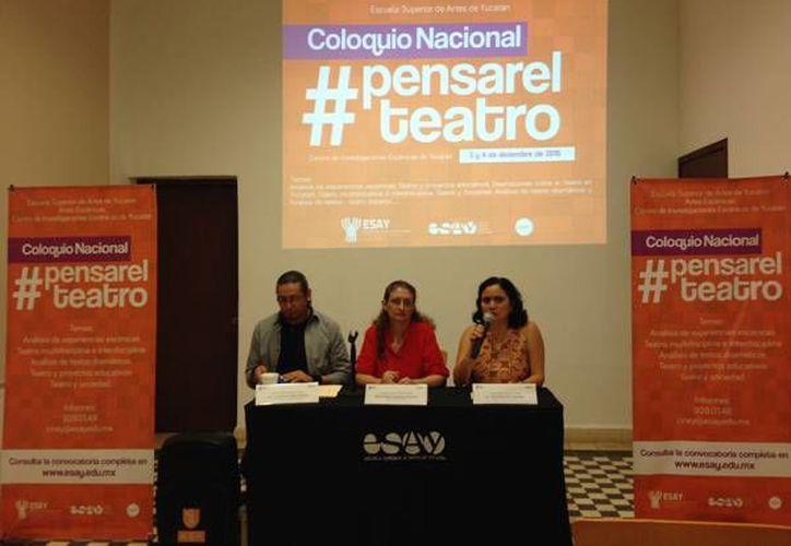 la directora de la Licenciatura en Teatro de la ESAY, Xhaíl Espadas Ancona, informó que el coloquio será un importante espacio de análisis y retroalimentación en el tema.- (Oficial)
