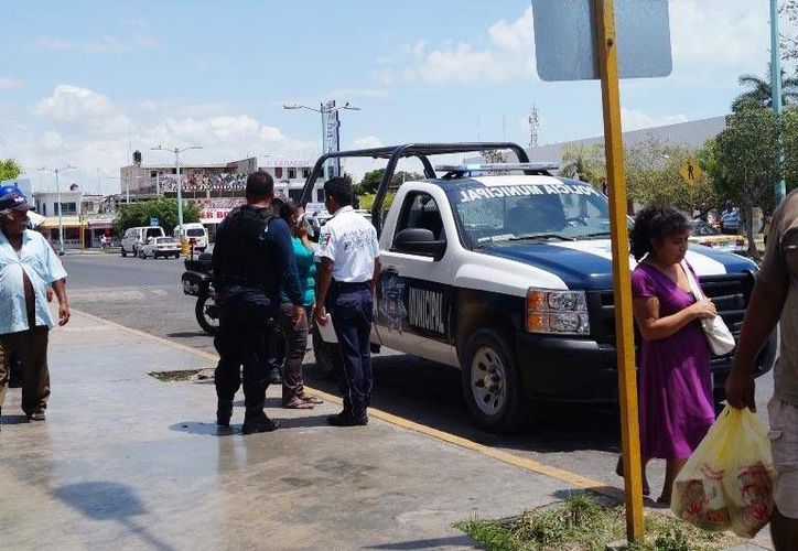 La joven solicitó la ayuda de la policía para dar con los delincuentes. (Redacción/SIPSE)