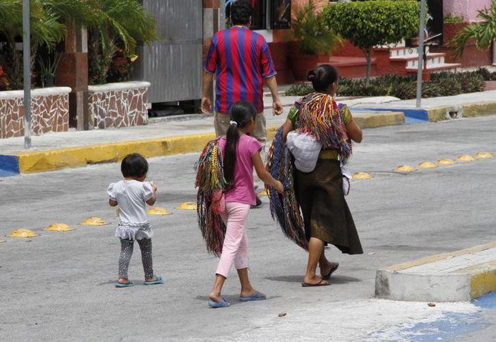 Los niños trabajan en ambiente familiar. (Tomás Álvarez/SIPSE)