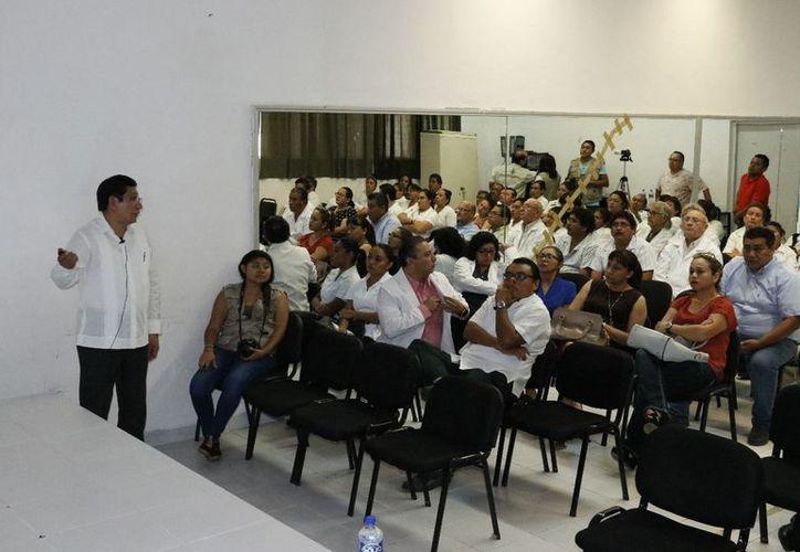 Se habló de los conceptos del expediente clínico      y la responsabilidad penal de los médicos. (José Acosta/Milenio Novedades)