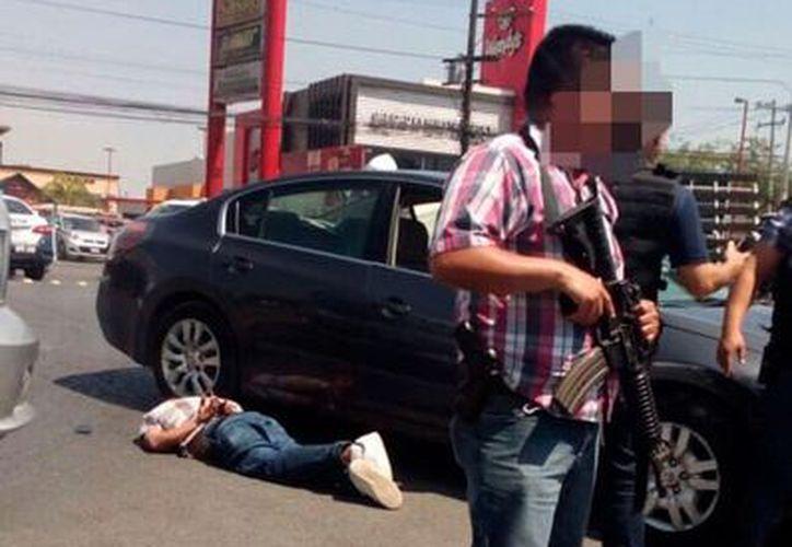 El ataque ocurrió en el exterior del restaurante Los Generales. (Twitter)