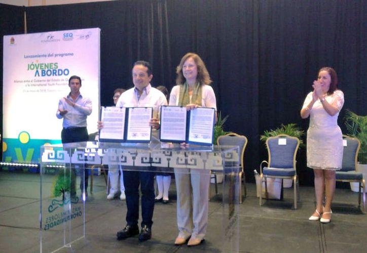 Alumnos de Baja California y Quintana Roo serán beneficiados con esta fundación.  (Foto: Israel Leal)