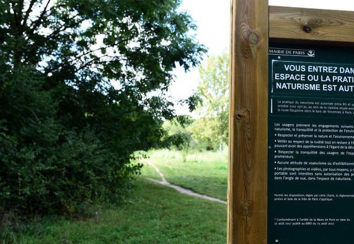 El área designada para los desnudistas se localiza cerca de la reserva de aves de París. (Internet).