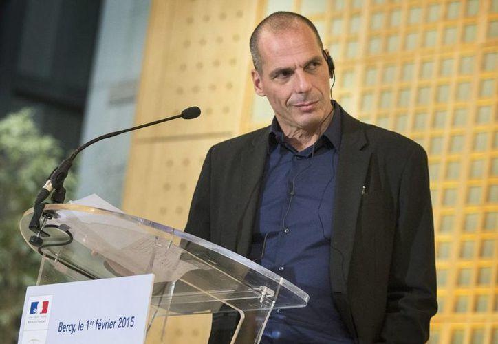 Yanis Varufakis, ministro griego de finanzas, pidió a los acreedores europeos tiempo para formular propuestas concretas sobre la deuda de su país. (EFE)