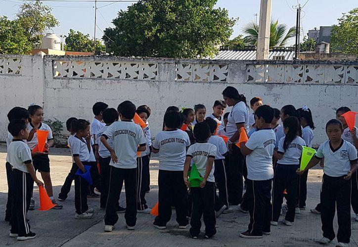 El viernes 29 concluyen clases más de dos mil escuelas. (Foto: Milenio Novedades)
